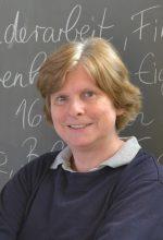 Frau Uebbing, Abteilungsleiterin Abteilung 2