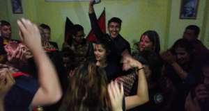 Feiern und Tanzen beim Abschlussabend